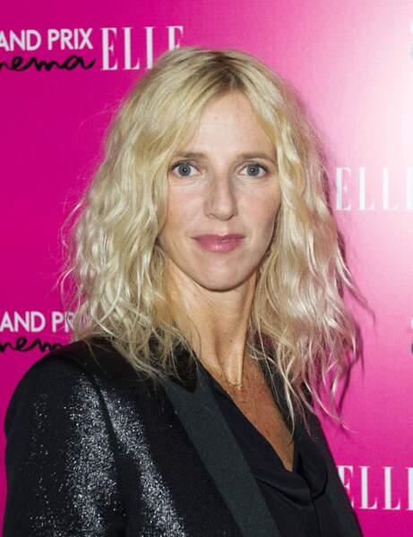 Les cheveux wavy de Sandrine Kiberlain