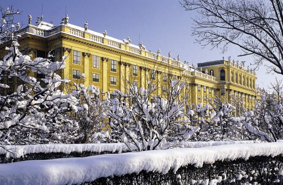 Château de Schönbrunn sous la neige