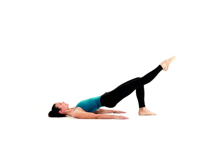 Séance de Pilates express avant d'aller se coucher : Shoulder bridge (suite)