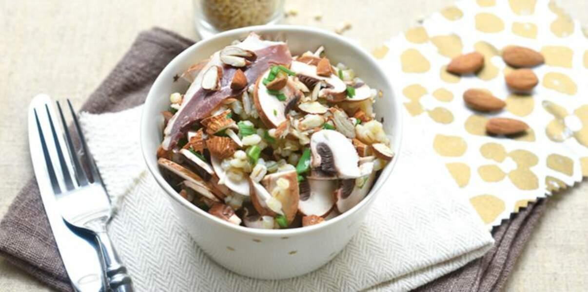 Salade d'orge perlé aux amandes
