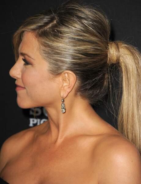 La queue-de-cheval glamour de Jennifer Aniston
