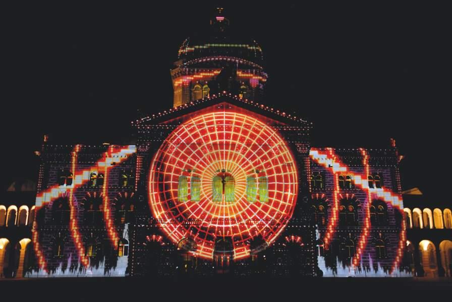 Lux Salina, à Arc-et-Senans : royales projections