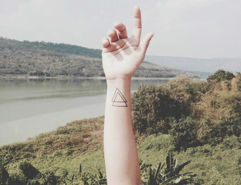 Le tatouage du double triangle