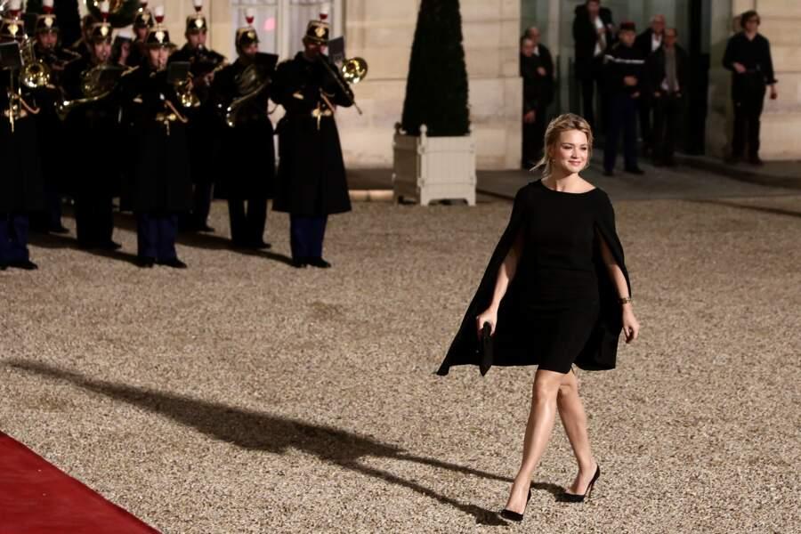 Look Virginie Efira : princesse