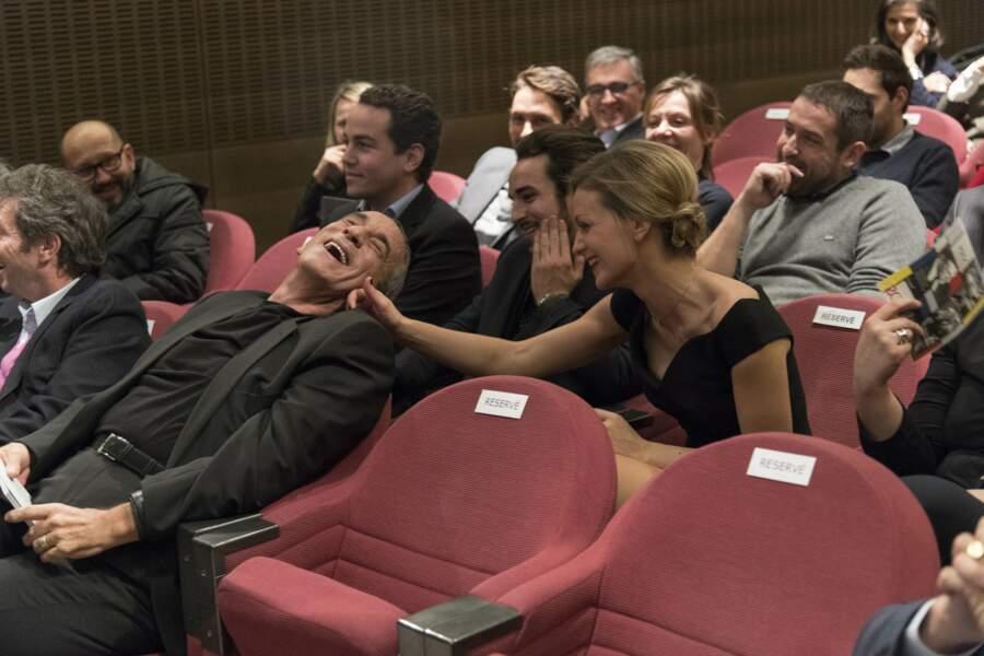 Thierry Ardisson et Audrey Crespo-Mara lors de la cérémonie du prix Philippe Caloni décerné à l'animateur (2017)