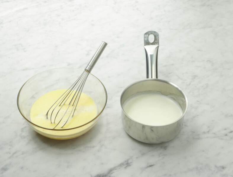 Etape 4 : la crème aux pétales de rose