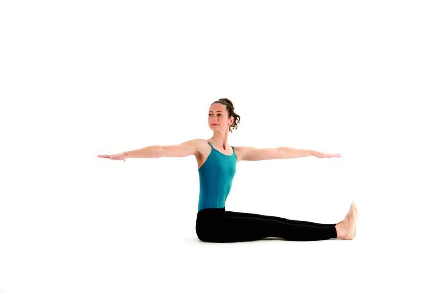 Séance de Pilates express avant d'aller se coucher : Spine twist