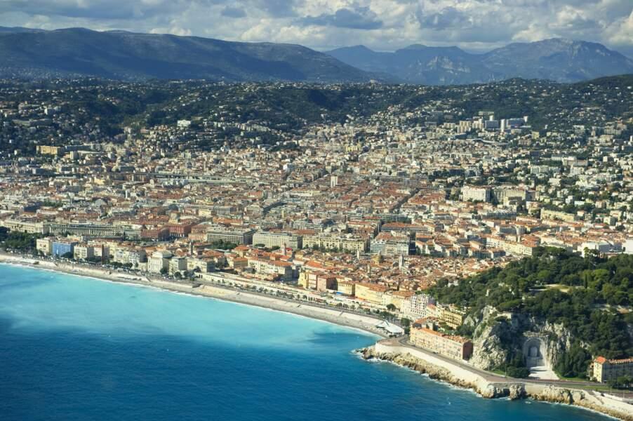 Vue aérienne de la Promenade des Anglais