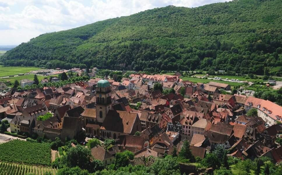 Kayserberg et ses maisons à colombages sur la route des vins d'Alsace