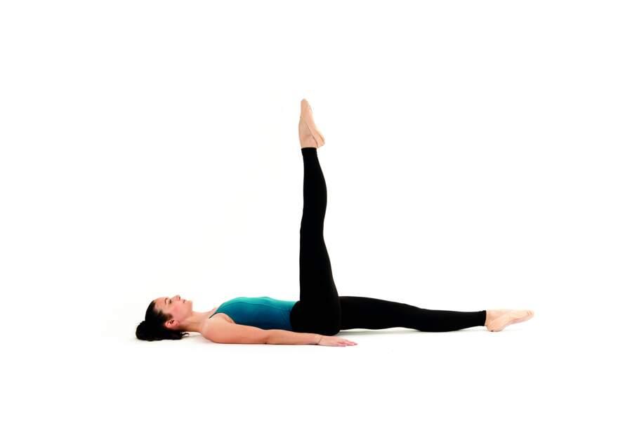 Séance de Pilates express avant d'aller se coucher : Single leg circle