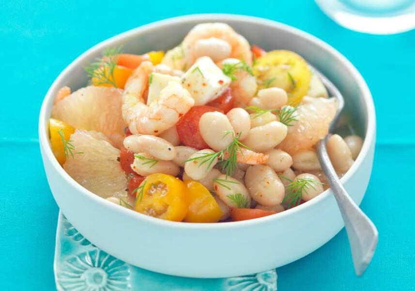 Salade acidulée aux haricots, crevettes, pamplemousse et épices douces