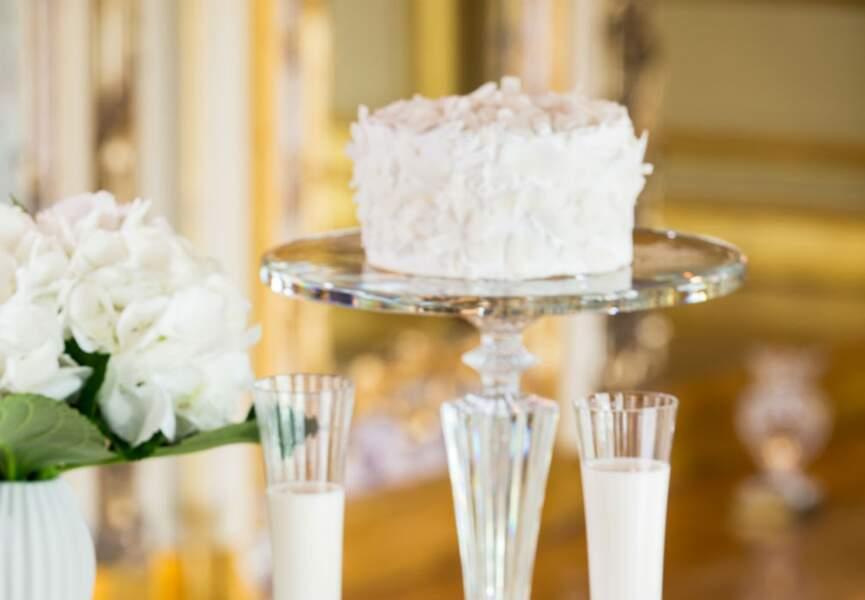 Un gâteau tout blanc