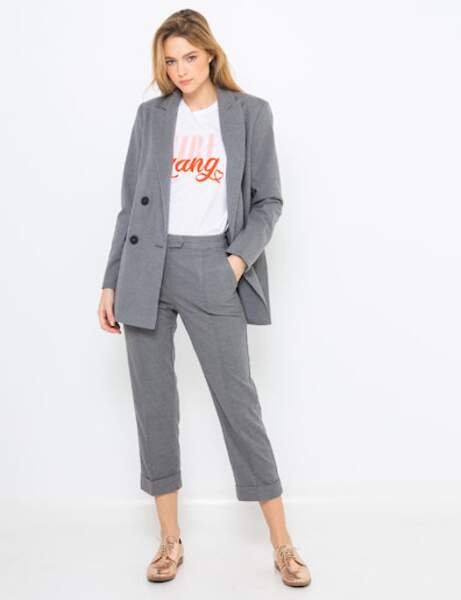 Tailleur pantalon : classique