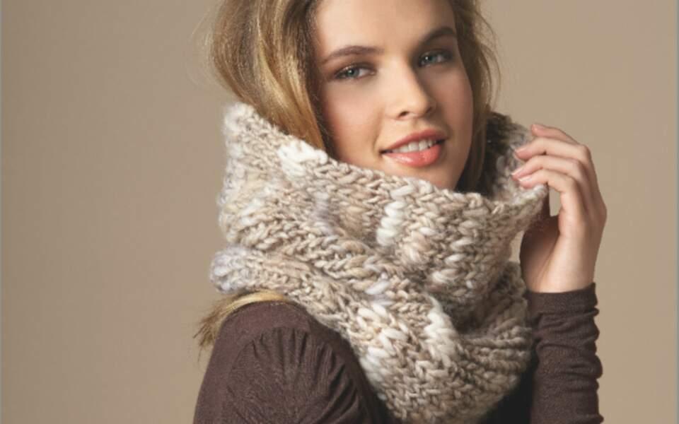 Modèle de tricot gratuit : le snood chiné