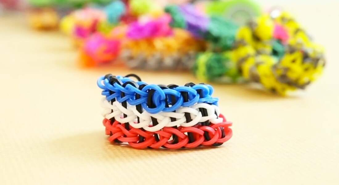 Classique, le bracelet triple en chaîne simple