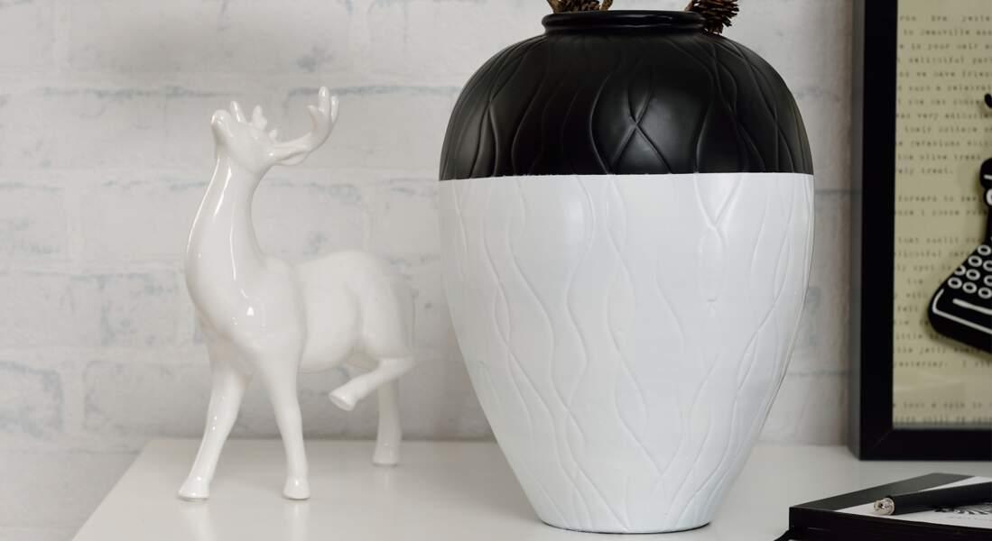 Un vase bicolore