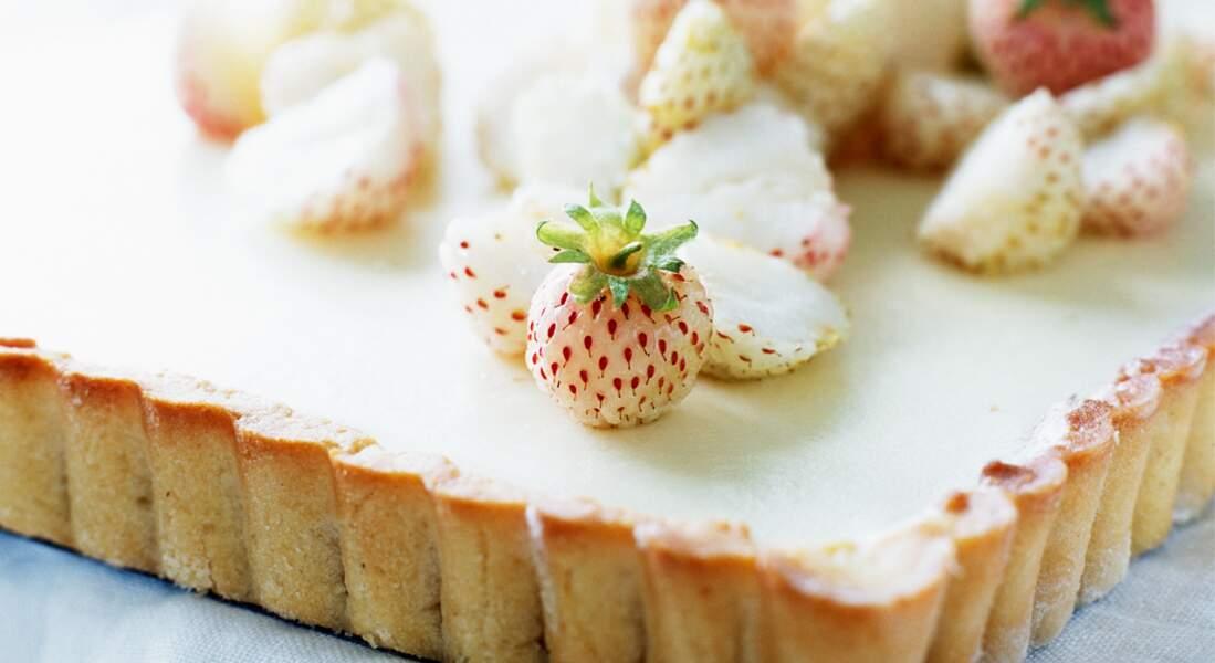 Tarte au chocolat blanc, fraises ananas