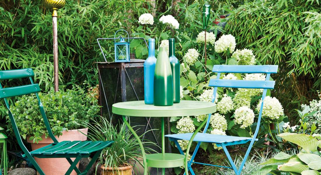 Peinture pour verre : comment relooker un vase