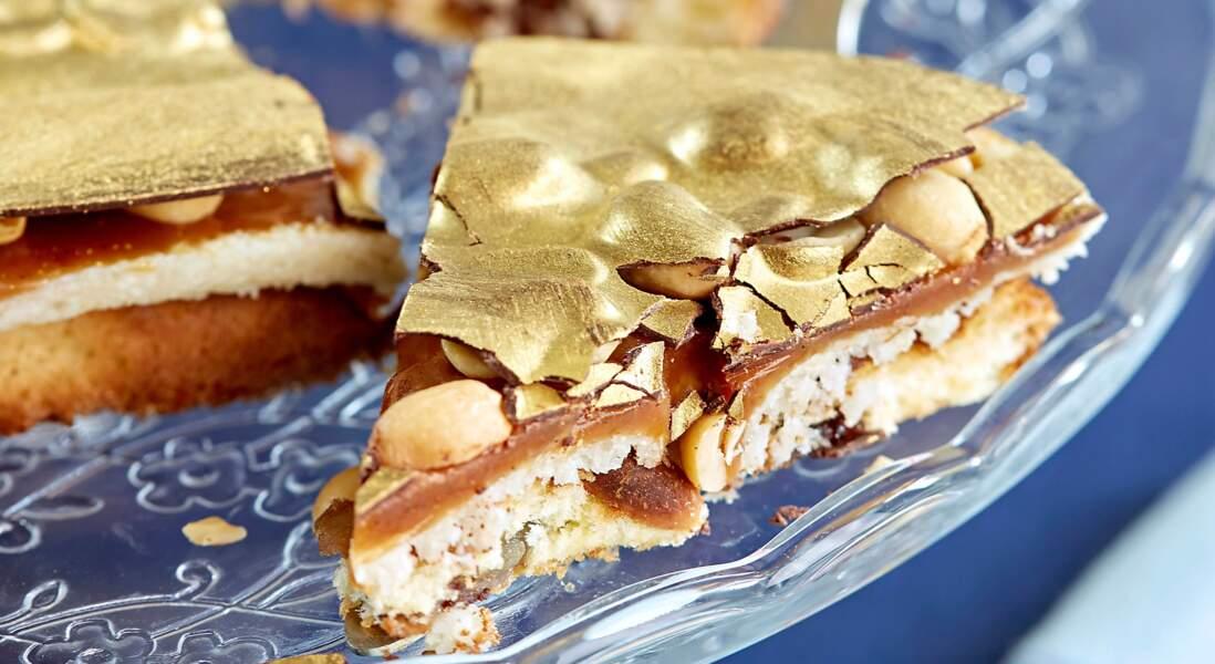 Le gâteau Reine Elisabeth caramel et cacahuètes de Cyril Lignac