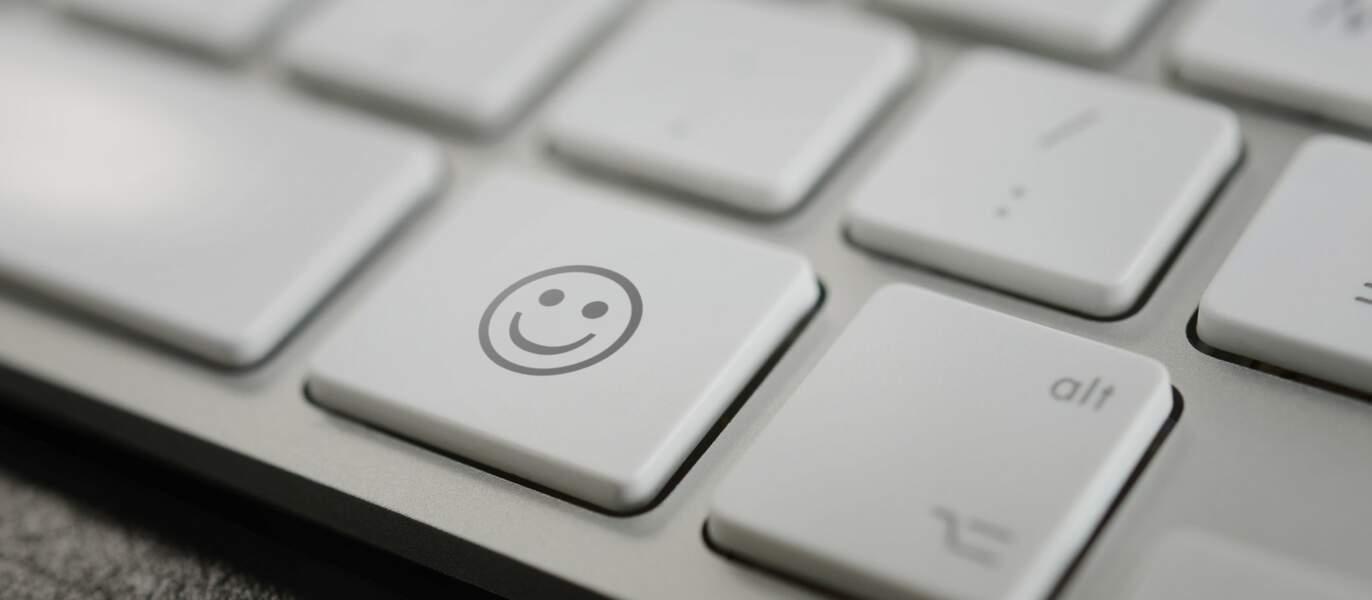 Comment insérer des emojis sur mon clavier pour les utiliser dans les mails?