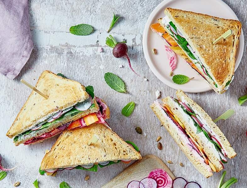 Club Sandwich végétarien radis et betterave