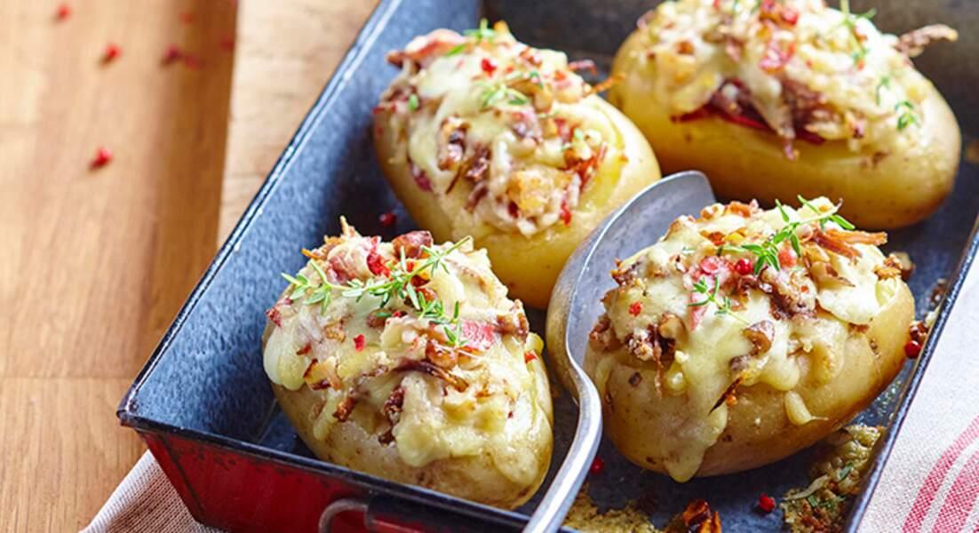 Pommes de terre farcies au confit gratinées