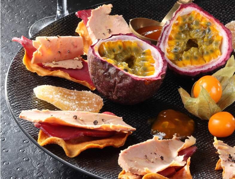 Chips de mangue au magret et foie gras de canard