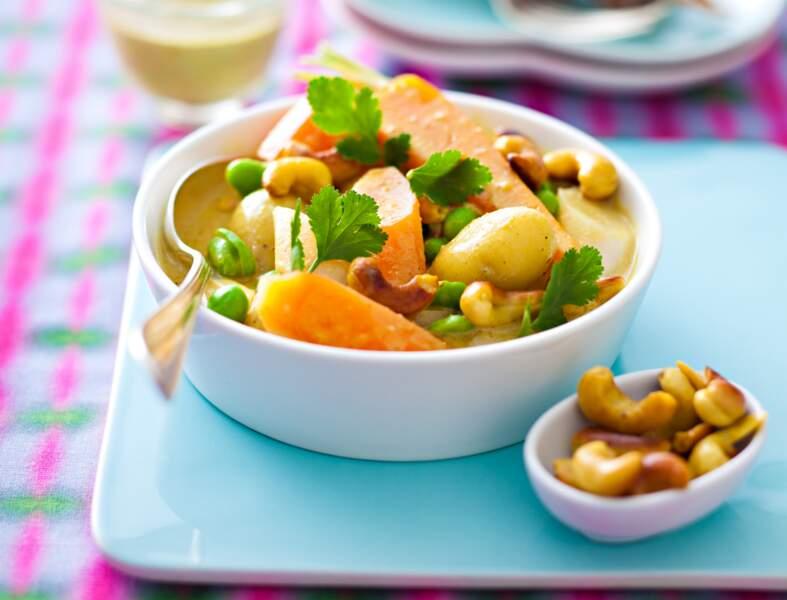 Curry de jeunes légumes au lait de coco