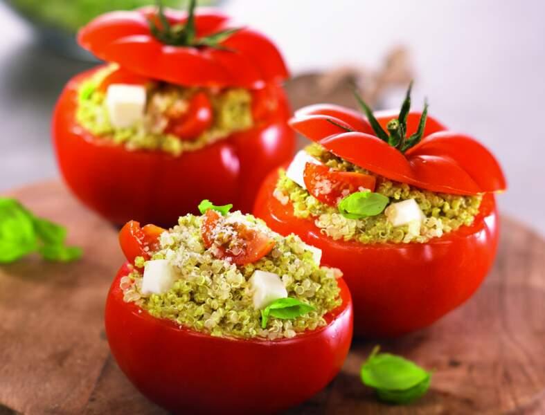 Tomates farcies au quinoa pesto parmesan