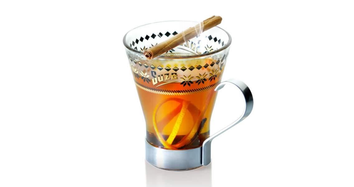 Cocktail chaud au Earl grey, Suze, agrumes et cannelle