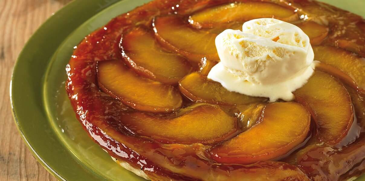 Tarte aux pommes et sa glace