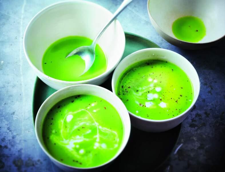 Soupe glacée de concombre au lait de coco