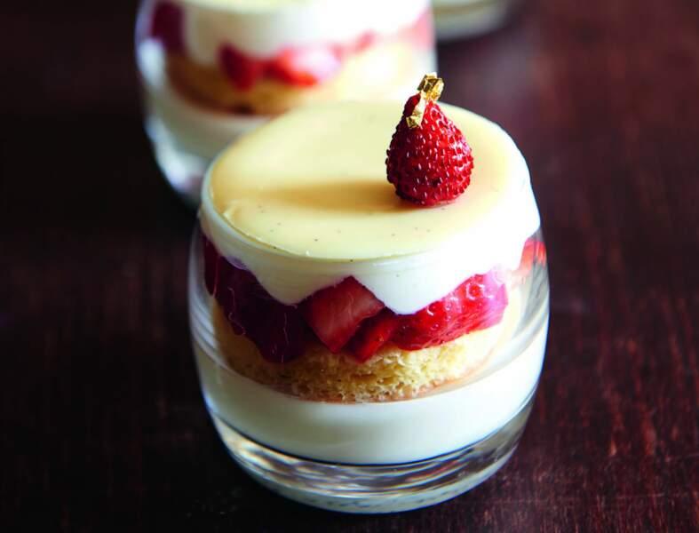 Verrines ichigo vanille-fraise