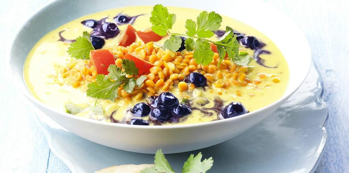 Curry aux lentilles corail et myrtilles