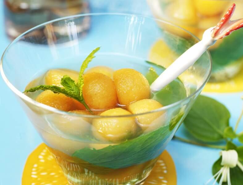 Gelée de thé glacé à la menthe et au melon