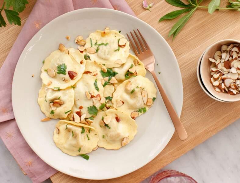 Ravioli légumes du soleil aux amandes grillées