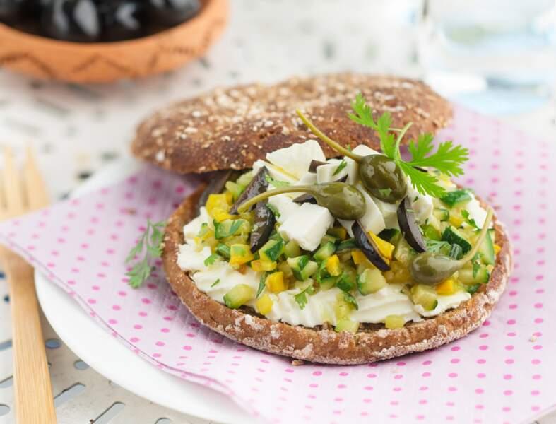 Sandwich courgette, olives, capres et Caprice des Anges