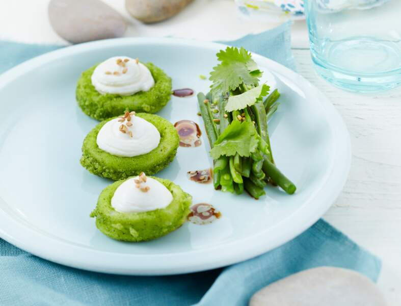 Calamars en croûte d'herbes fraîches au St Môret® , salade de haricots verts