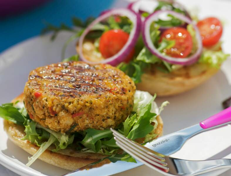 Hamburger végétarien au maïs