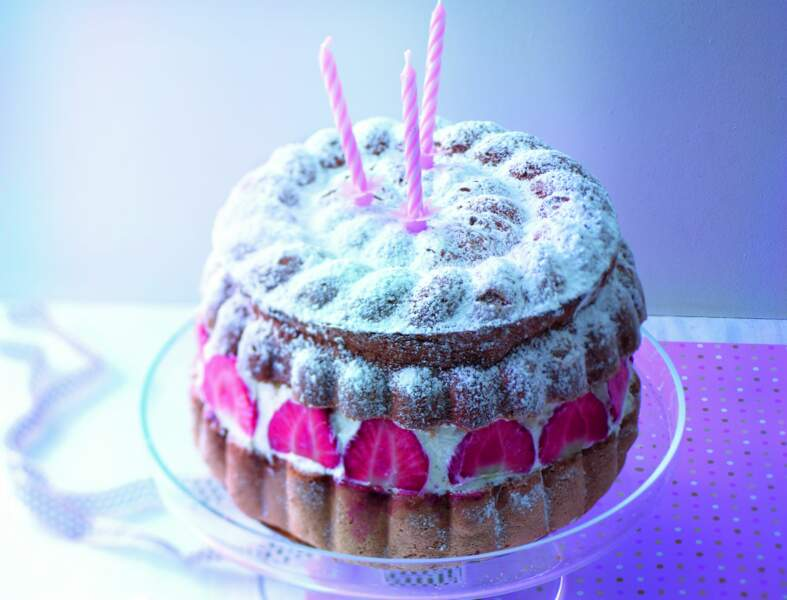 Gâteau de Savoie comme un fraisier
