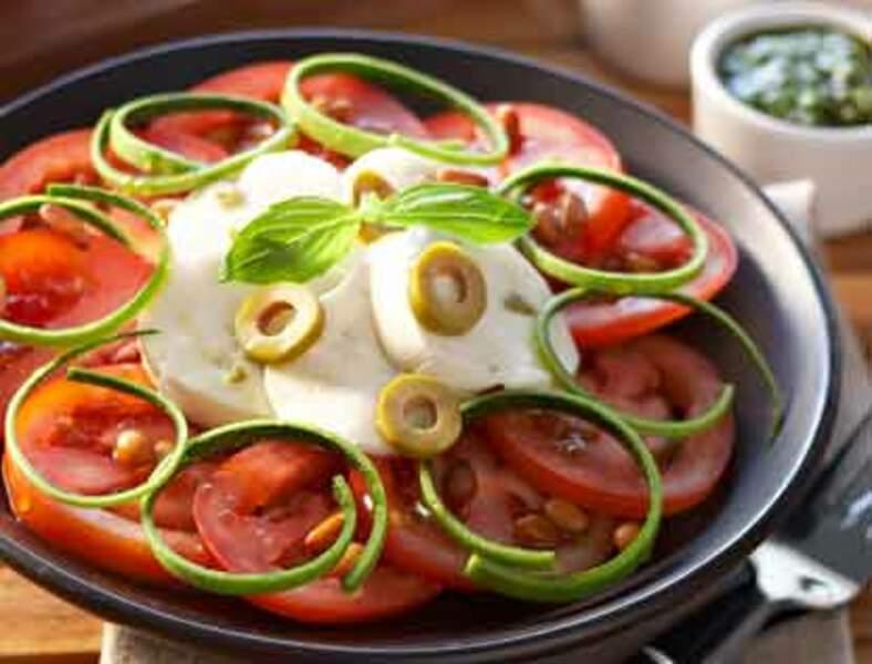 Tomates mozzarella au pesto de courgettes