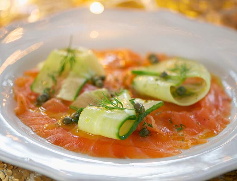 Saumon et carpaccio de concombre aux câpres
