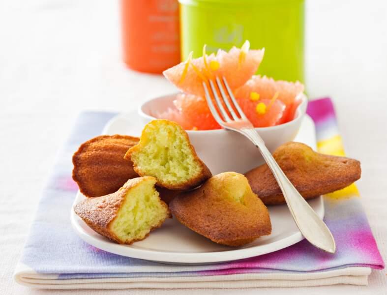 Salade de pomelo et ses madeleines au thé vert