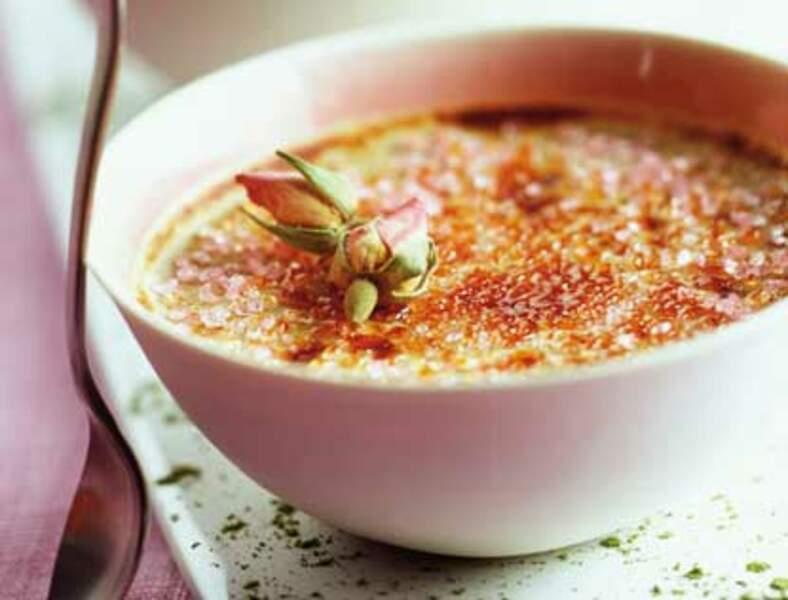 Menu en amoureux - Crèmes brûlées à la rose