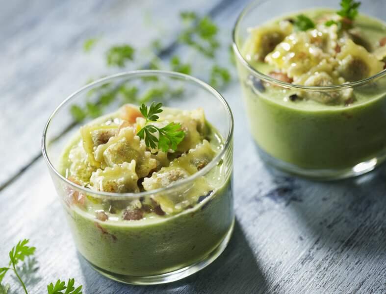 Gaspacho au concombre et ravioles croustillantes au basilic
