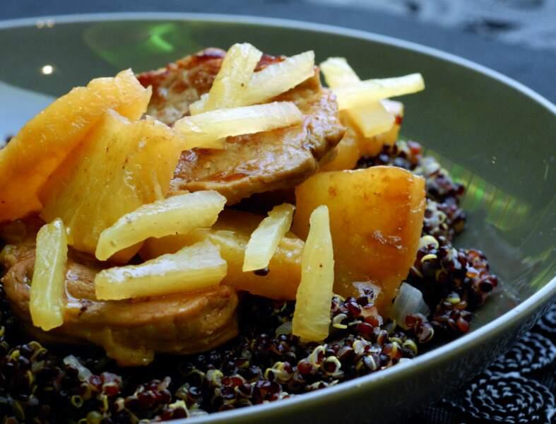 Médaillons de porc à l'ananas, quinoa noir