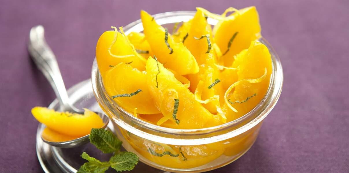 Salade de pêches citron-menthe