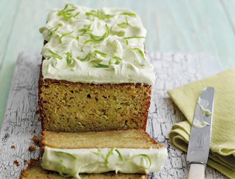 Cake au citron vert et à l'avocat Hass