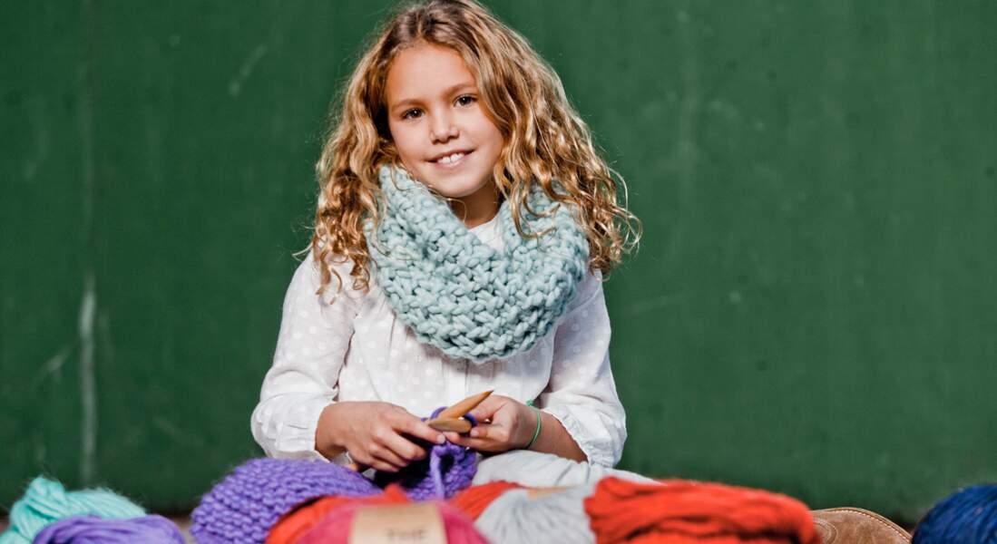 """Modèle de tricot gratuit : le snood pour enfant """"We are knitters"""""""