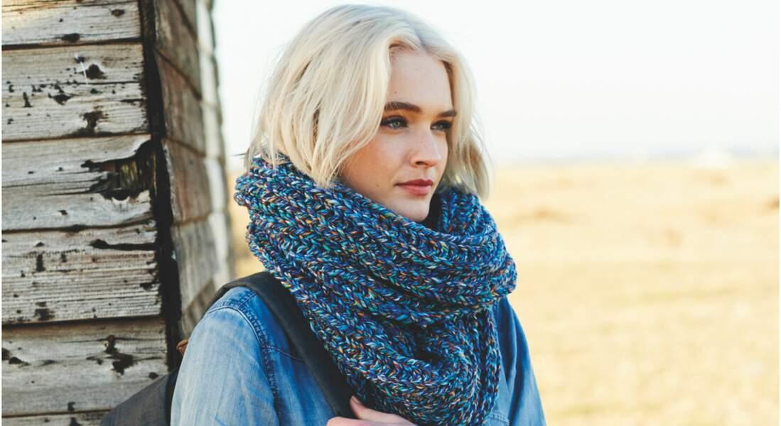 Modèle de tricot gratuit : le snood en côtes anglaises